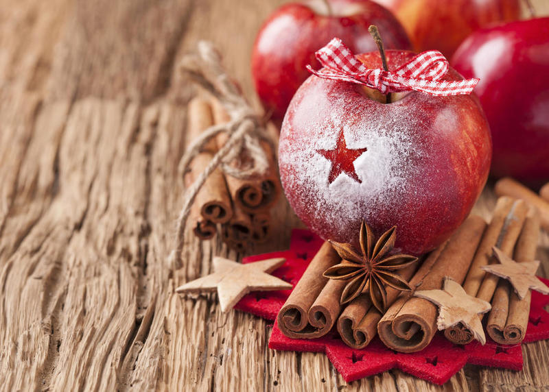 Weihnachten_Red winter apples